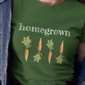 Homegrown, korenjček na majici