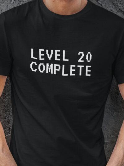 Level complete 20 izberi letnico majica