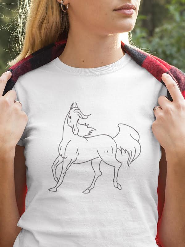 Lipica pobarvanka na majici slovenija