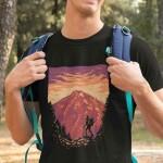 Pohodnik v gorah, majica
