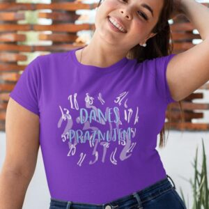 Potiskana majica danes praznujem rojstni dan zabavno smešno darilo tiskarna garderoba tisk na majice unikati tisk po želji dtg obstojen tisk udobno za nosit kvalitetne majice trgovina ljubljana spletno nakupovanje dostava po pošti
